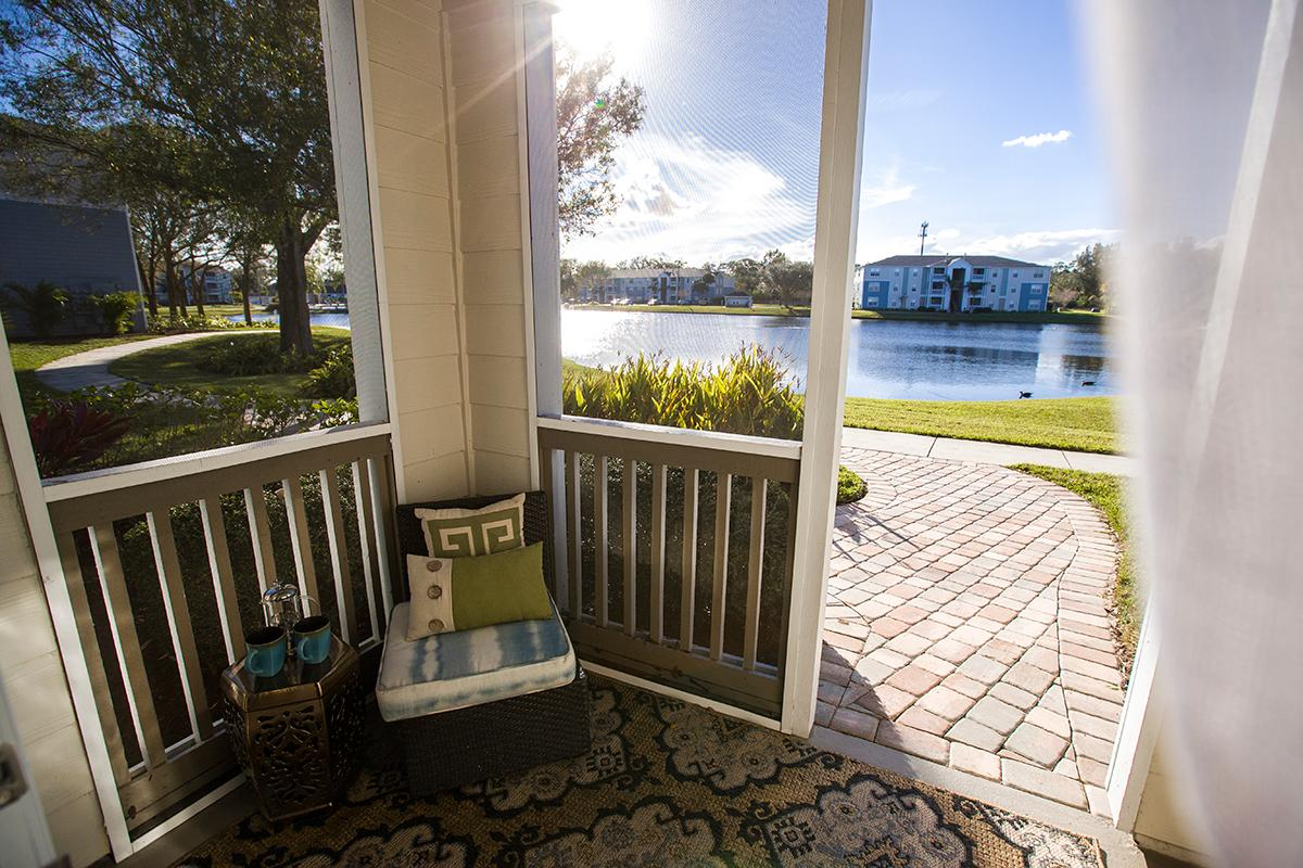 Melbourne Fl Apartments For Rent Grand Oaks At The Lake