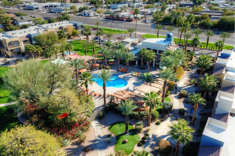 Oasis in the Heart of  Mesa | When you choose Level 550 apartments, you'll enjoy oasis living in the heart of Mesa.