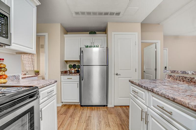 Stainless Steel Appliances | Enjoy stainless steel appliances when you choose our premium renovation package.