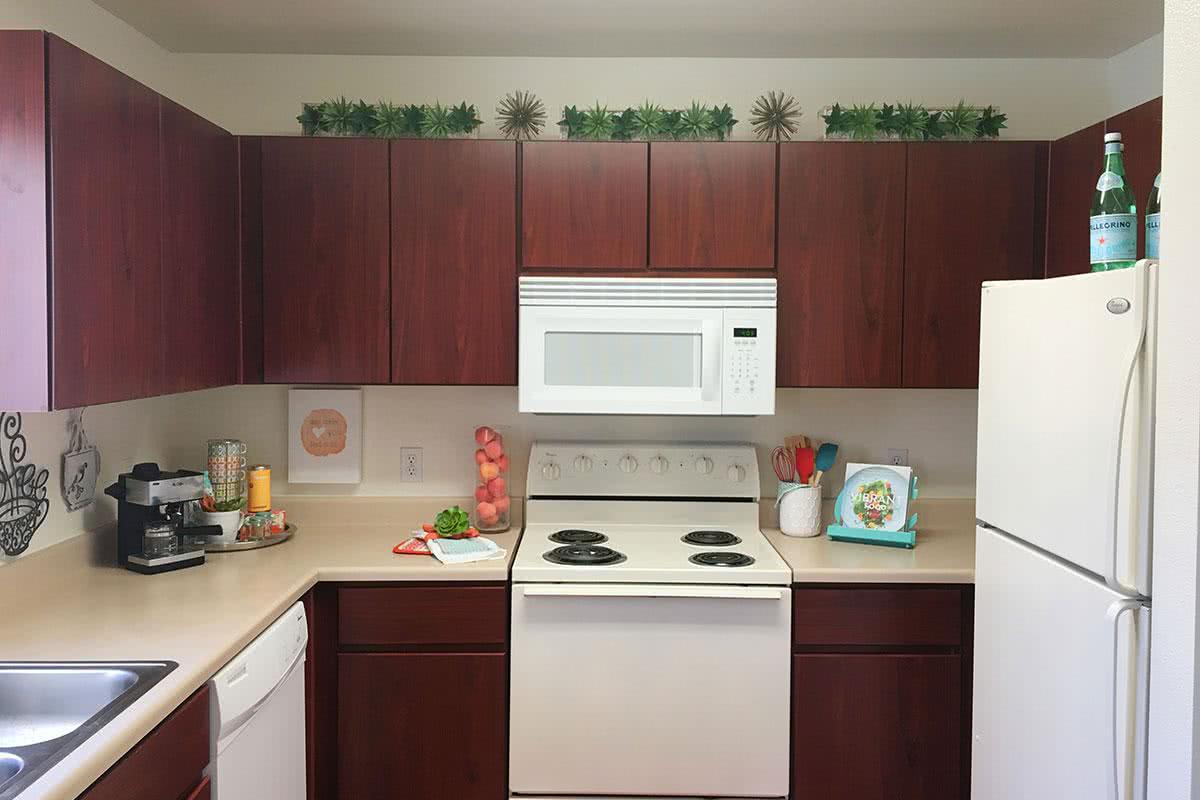 Apartments in peoria az rancho del sol townhomes in peoria az for 4 bedroom apartments in peoria az