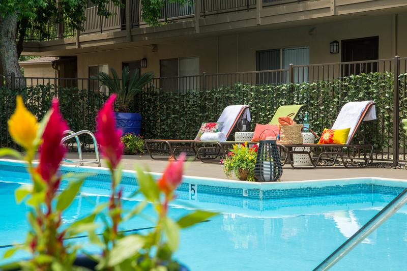 Abby Creek Apartment Homes | Carmichael, California Apartments