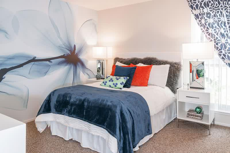 Master Bedroom | Master bedrooms feature an en suite with separate vanity area and a spacious closet with organizers.