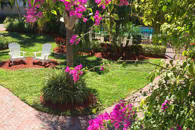Courtyard | Sit and relax in our courtyard and soak in the beautiful landscaping.
