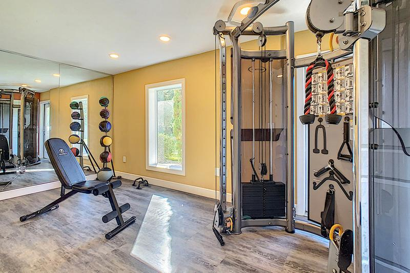 Weight Training Equipment | Get fit in our resident fitness center offering all the cardio and weight training equipment you need for a full body workout.