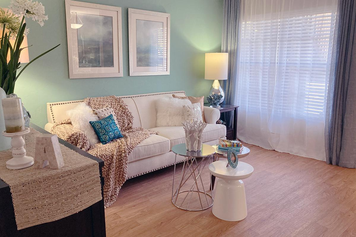Apartments for Rent in Gainesville FL   Ridgemar Commons ...