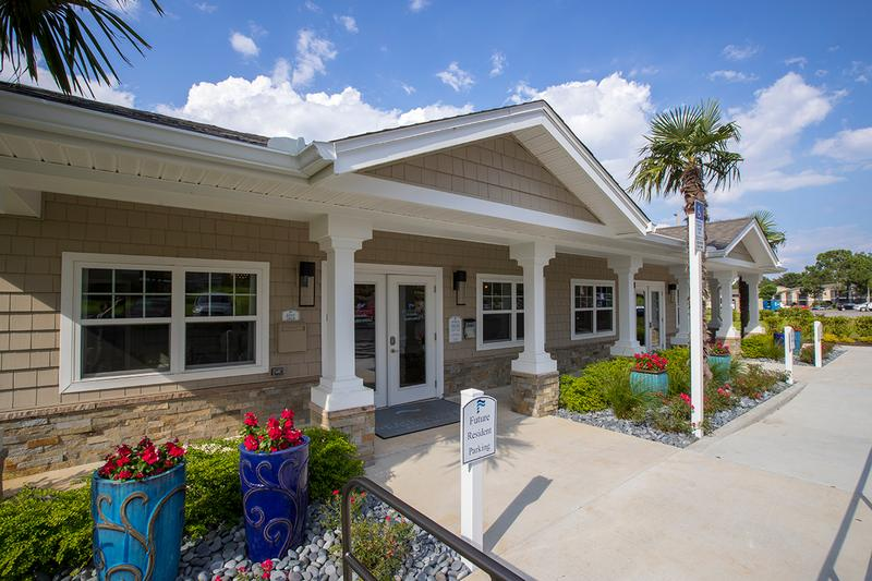 Resident Clubhouse | Come on into our resident clubhouse and say hello to our friendly staff, or get fit in our fitness center.