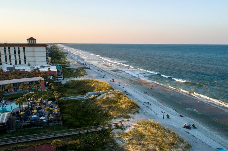 Jacksonville Beaches | With sand between your toes, enjoy restaurants with amazing ocean views and a relaxed walk on Jacksonville Beach.
