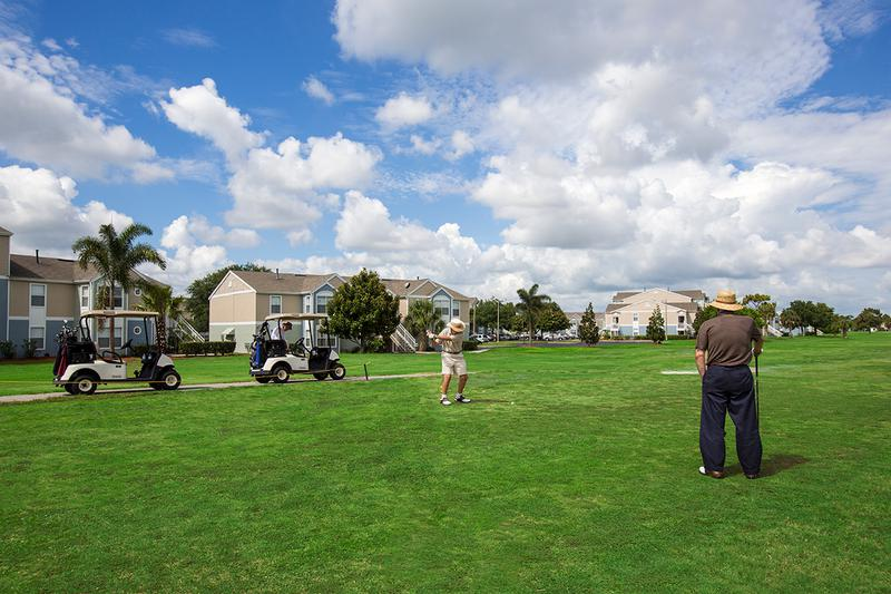 Golfers | You'll love living in our apartments near Mallard Landing Golf Course.