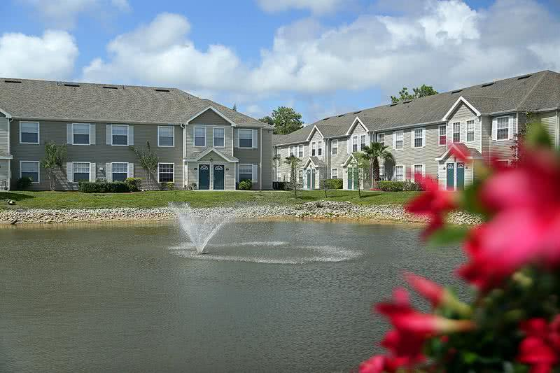 Lake Views | Breathtaking lakes with fountain.