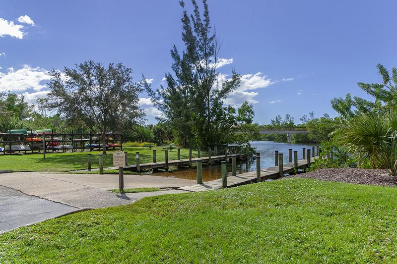 Boat Ramp & Complimentary Kayaks | Boat Ramp with Intracoastal Access. River Reach offers complimentary kayaks for our residents to use.