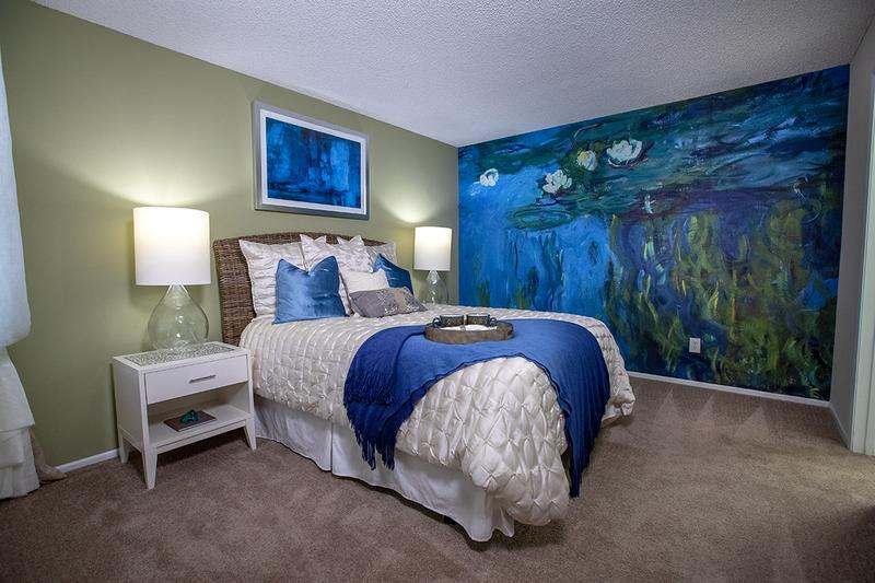Bedroom | Spacious bedrooms large enough to accommodate a king-size bed, with large windows and walk-in closets.