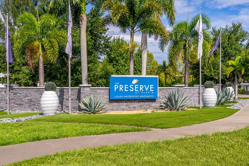 Welcome Home | Live in a tropical paradise at The Preserve at Alafia, just south of Brandon and minutes from downtown Tampa and Ybor City.