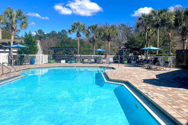 The Enclave at Huntington Woods | Tallahassee, Florida Apartments