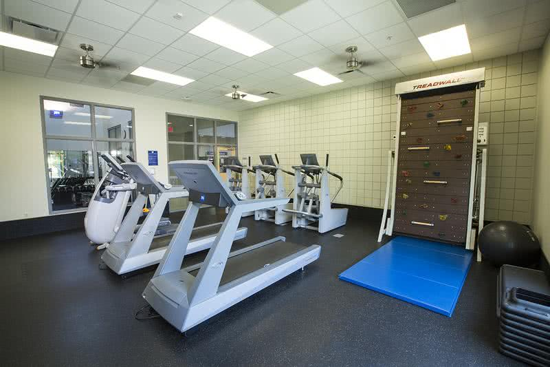 Magic Rec Center- Aerobic Room | The Orlando Magic Rec Center has an aerobic room. Gym memberships are available at $25/3 months.