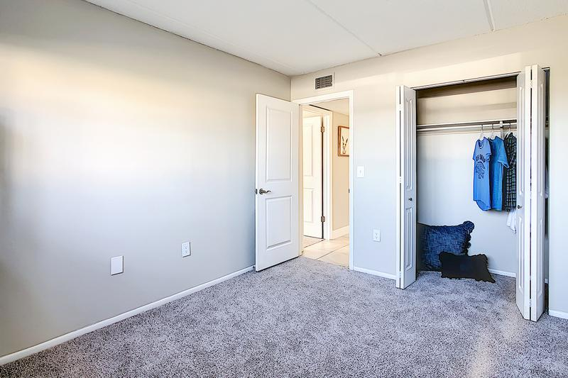 Bedroom | Spacious bedrooms featuring large closets.