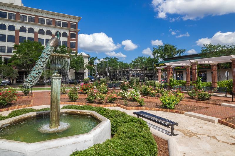 Minutes from Downtown Winter Park | Our community is located just minutes away from downtown Winter Park.