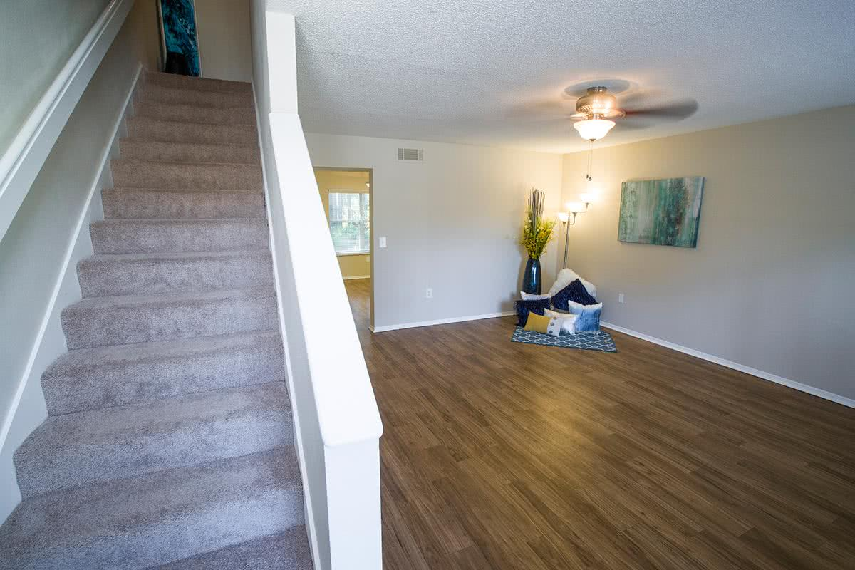 Welcome Home To Lanier Landing Your Gateway Unparalleled Living Come See For Yourself Why Apartments In Brunswick Ga Are