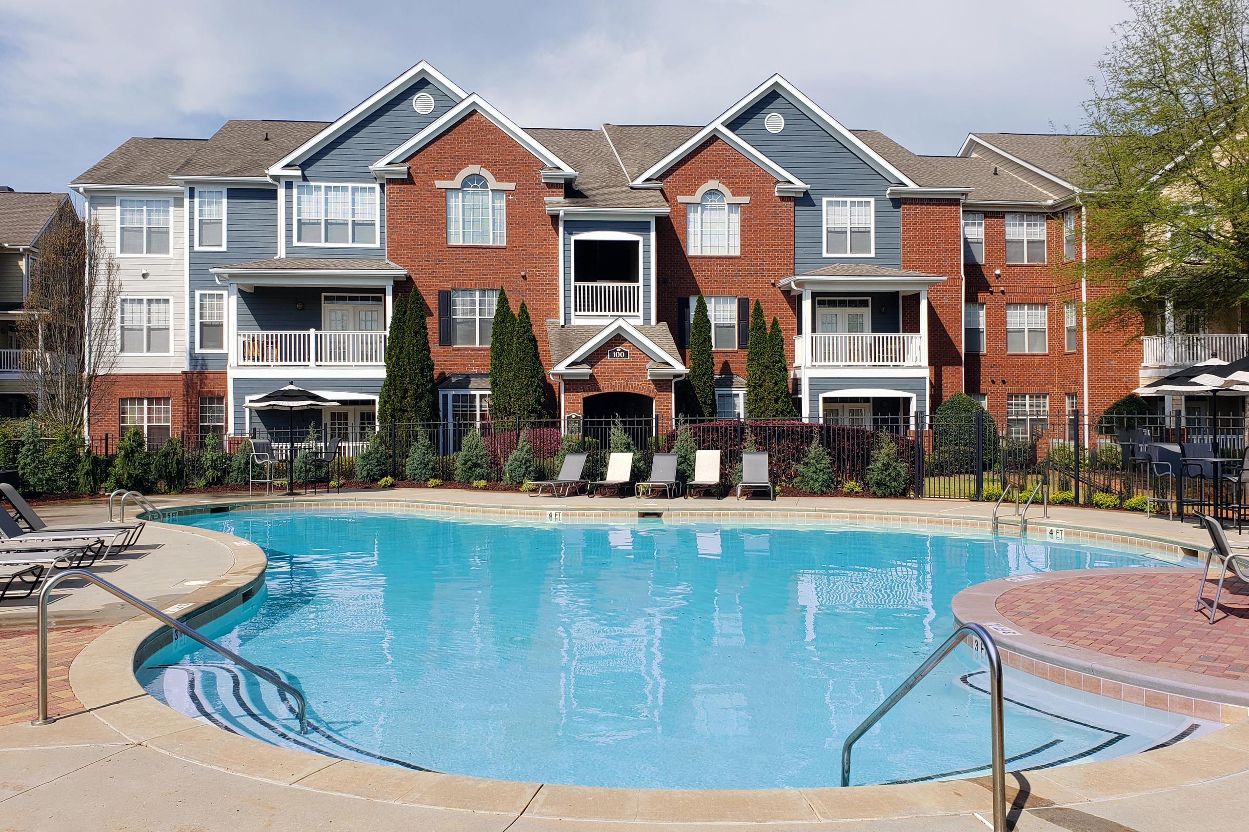 Awe Inspiring Apartments In Mcdonough Ga For Rent Woodlawn Park Apartments Home Interior And Landscaping Eliaenasavecom