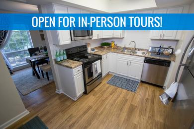 Kitchen | We are excited to offer in-person tours while following social distancing and we encourage all visitors to wear a face covering. Our luxury apartments in Georgia feature updated kitchens featuring updated counter tops, cabinets and flooring.