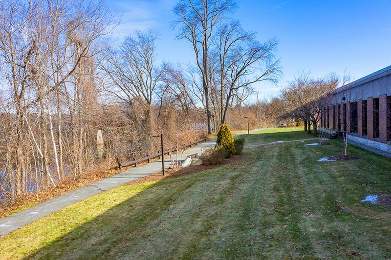 Walking Trail | Enjoy a walk along the river on our walking trail.
