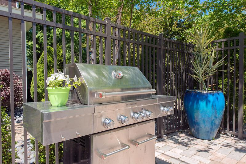 Gas Grill | Residents can use our gas grill.