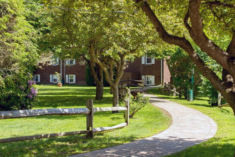 Walking Path | Beautiful walking paths located throughout our community.