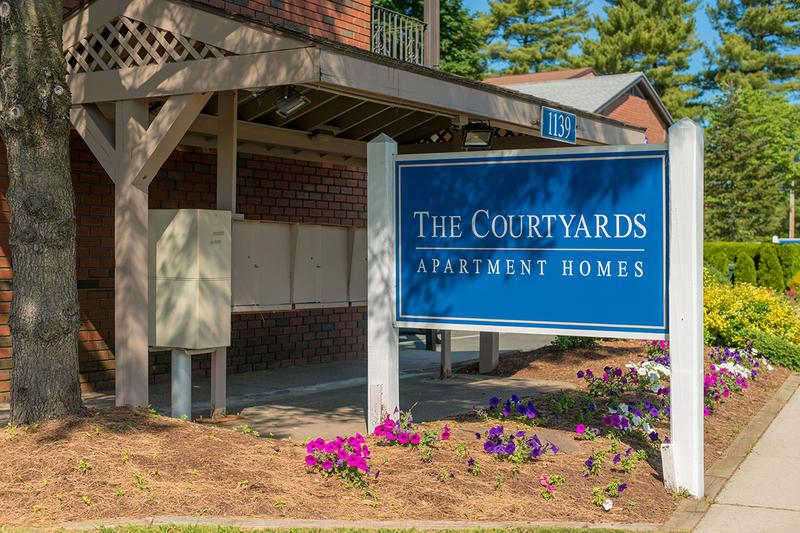 Welcome Home to The Courtyards | The Courtyards offers great apartments for rent in West Springfield, MA.