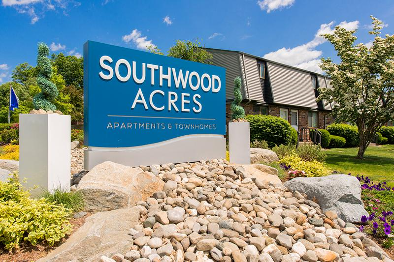 Welcome Home | Welcome home to Southwood Acres apartments and townhomes.