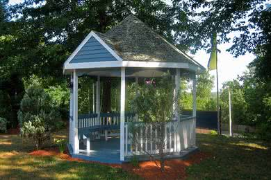 Gazebo | Get some fresh air and relax under our gazebo.