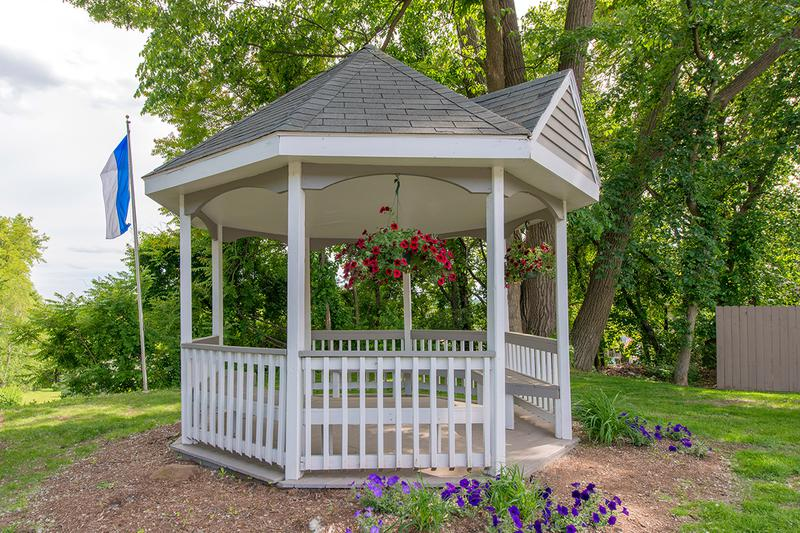 Gazebo | Enjoy gorgeous sunset views and overlooks the town from our gazebo.
