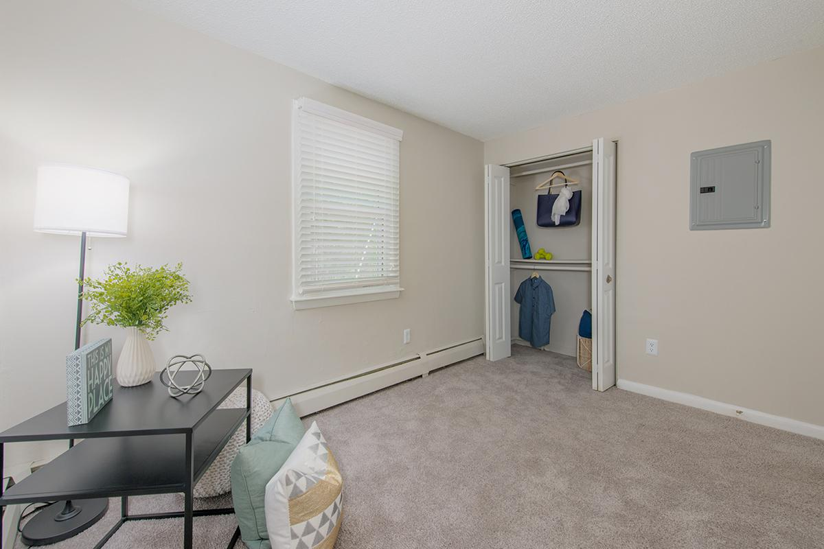 Westfield Apartments For Rent The Willows Apartments In