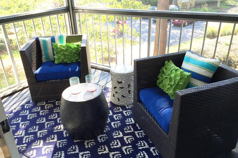 Screened-In Patios | Enjoy some fresh air from the privacy of your very own screened-in patio/balcony.