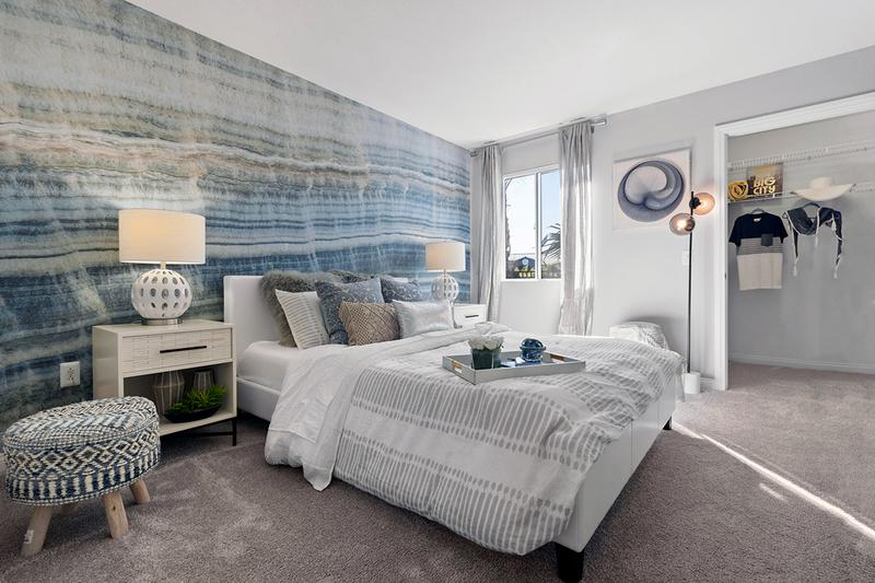 Guest Bedroom | Not only do you have a big Master, but you have a huge guest bedroom too! With its' ample square footage, each guest bedroom also comes with its' own walk-in closet!