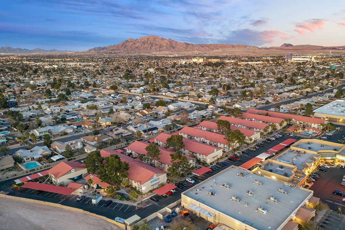 Apartments near UNLV | V Lane Apartments in Las Vegas