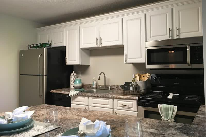 Updated Kitchen | You will love your new kitchen with granite counter tops and dishwasher!