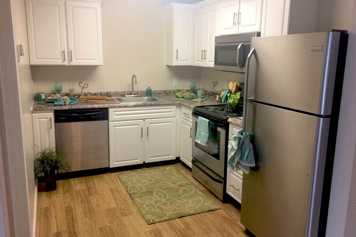 Pet Friendly Apartments In Milford Nh Brookstone Manor