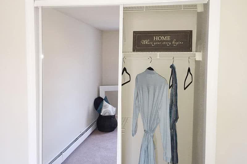 Closet | Closets with built-in organizers.