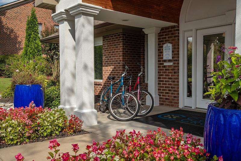 Bike Rentals | Residents have the luxury of renting one of our complimentary bicycles.