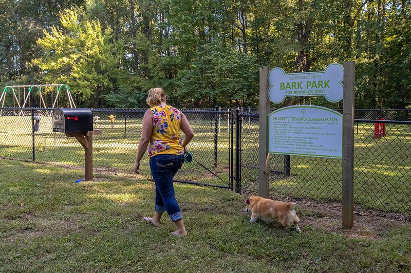 Off-Leash Dog Park | Bring your furry friend to our on-site bark park for some exercise.