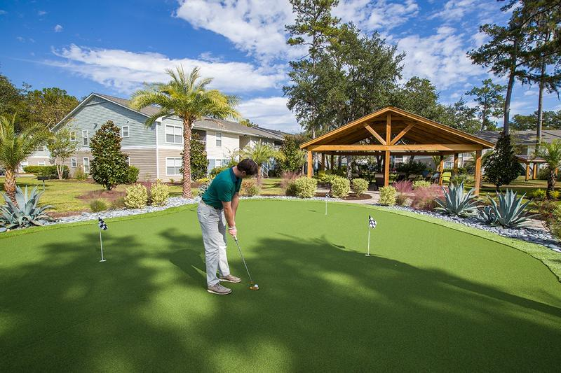 Putting Green | Practice your putt at Avalon Shore's putting green.